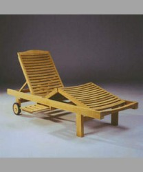Three Folds Lounger