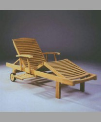 Three Folds Lounger with Tray