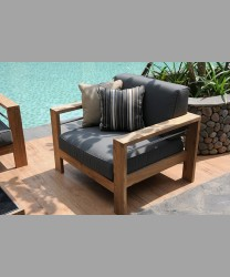 CASTELLO SOFA 2017 - 1 SEATER