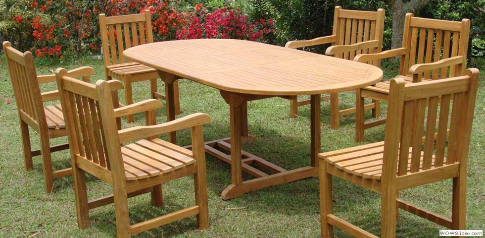 oval_extending_table__english_garden_chairs